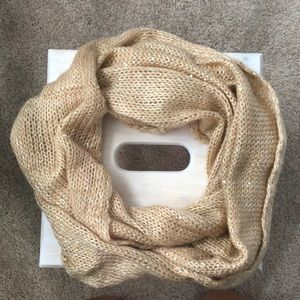Accessories - Like new infinity scarf